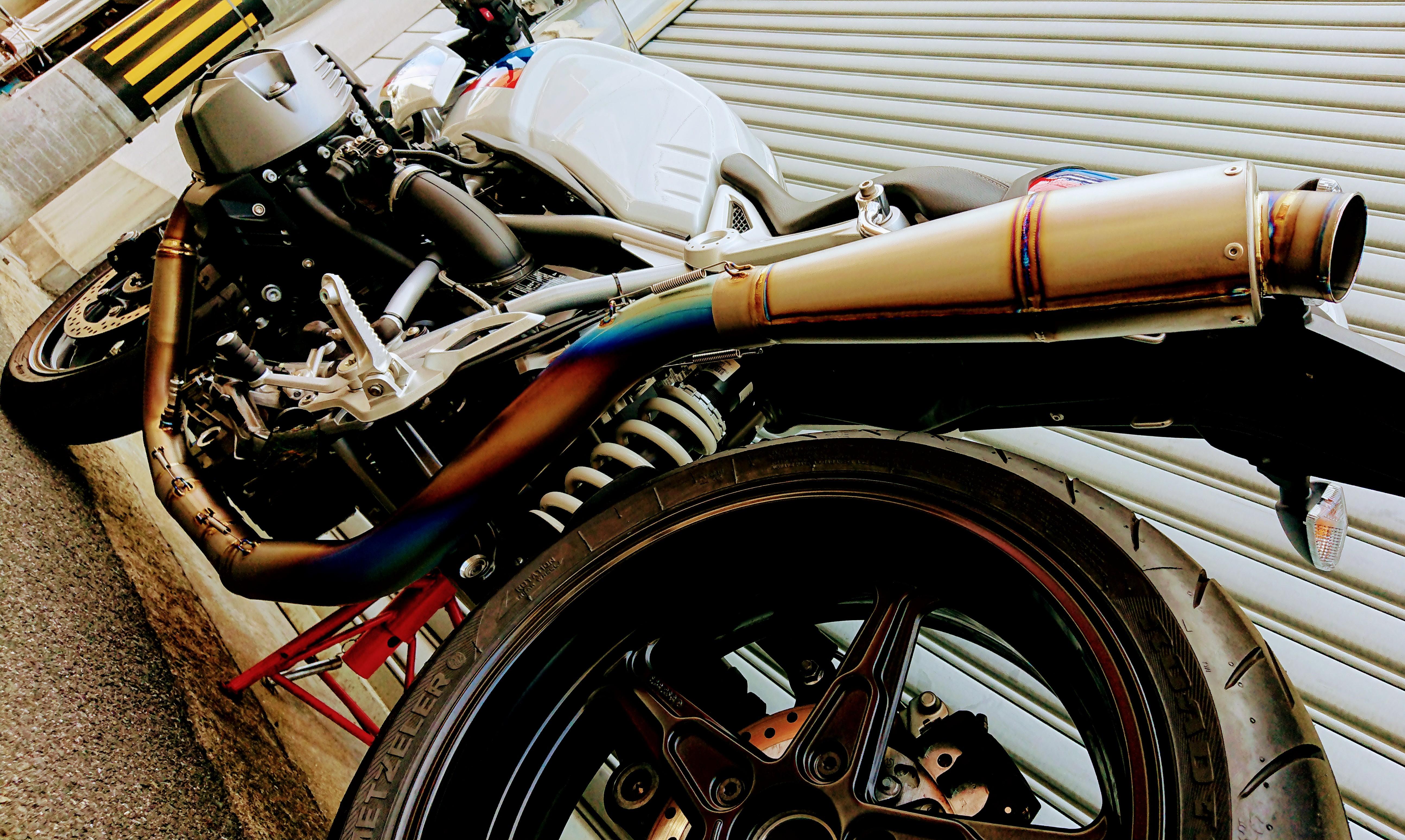 BMW R nine T フルチタンEX レーシングスペック フルチタンテーパーサイレンサー仕様